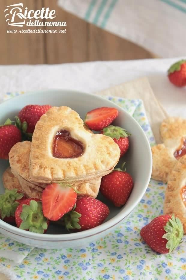 Foto cuori alle fragole