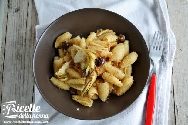 Castellane olive e carciofi