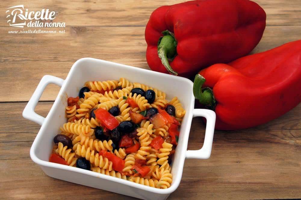 Pasta ai peperoni ricette della nonna for Pasta ricette veloci