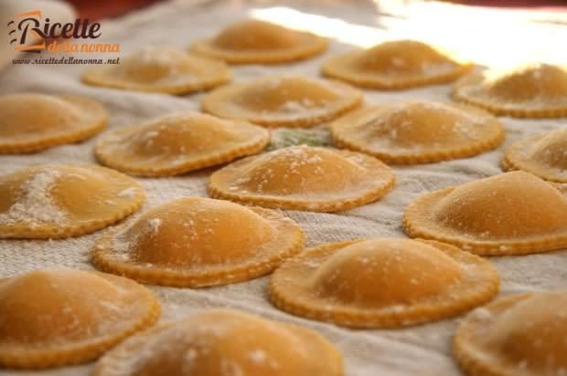 Come fare la pasta fatta in casa ricette della nonna - Pasta fatta in casa ...