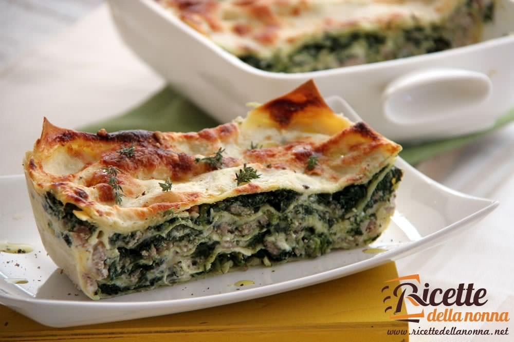 Ricetta Lasagne E Spinaci.Lasagna Bianca Con Spinaci E Salsiccia Ricette Della Nonna