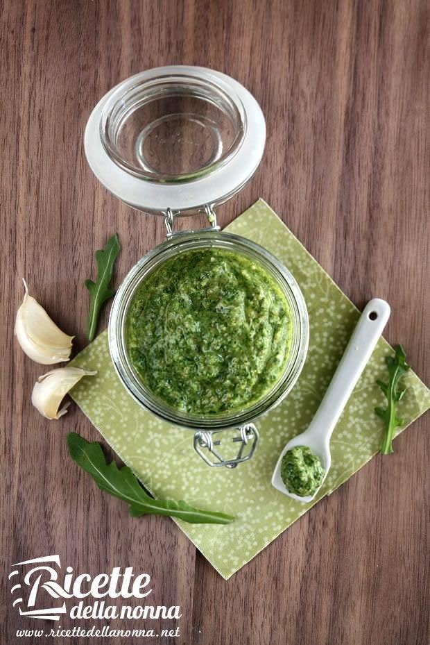 Pesto alla rucola ricetta e foto