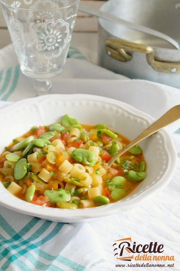 Foto minestra di fave