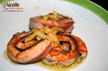 Medaglioni di salmone e gamberi con salsa agli agrumi