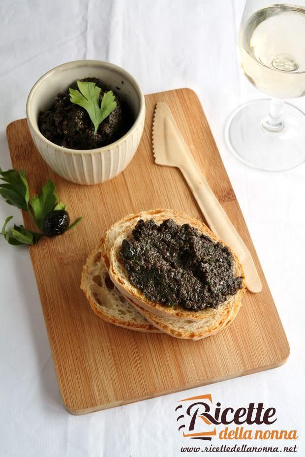 Bruschette con crema di olive ricetta e foto