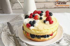 Torta bianca con crema pasticcera e crema al burro