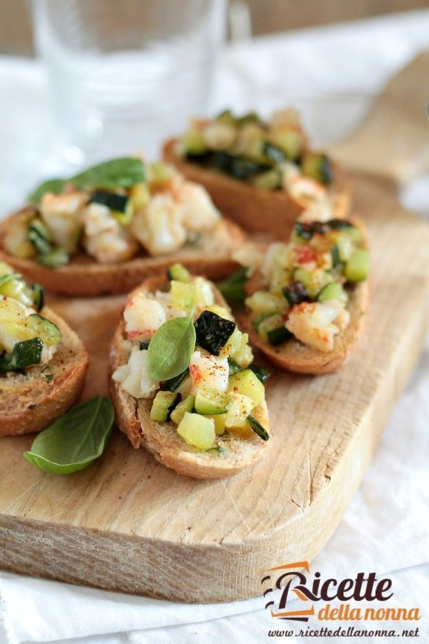 Tartine gamberi e zucchine ricetta e foto