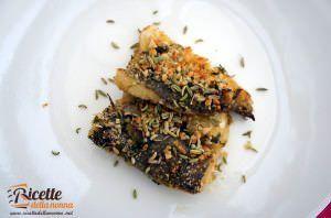 Merluzzo gratinato al forno con finocchietto e mandorle tritate
