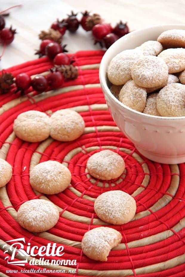 Biscotti palle di neve ricetta e foto