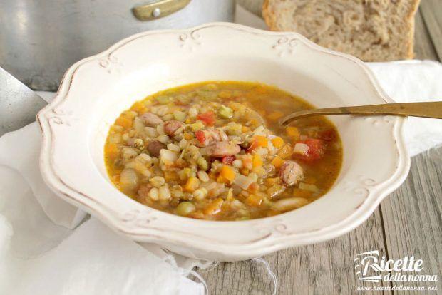 Minestra invernale di lenticchie e orzo ricetta e foto