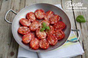 Pomodorini gustosi gratinati al forno