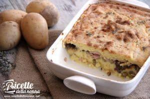 Sformato di patate con funghi, piselli e prosciutto cotto
