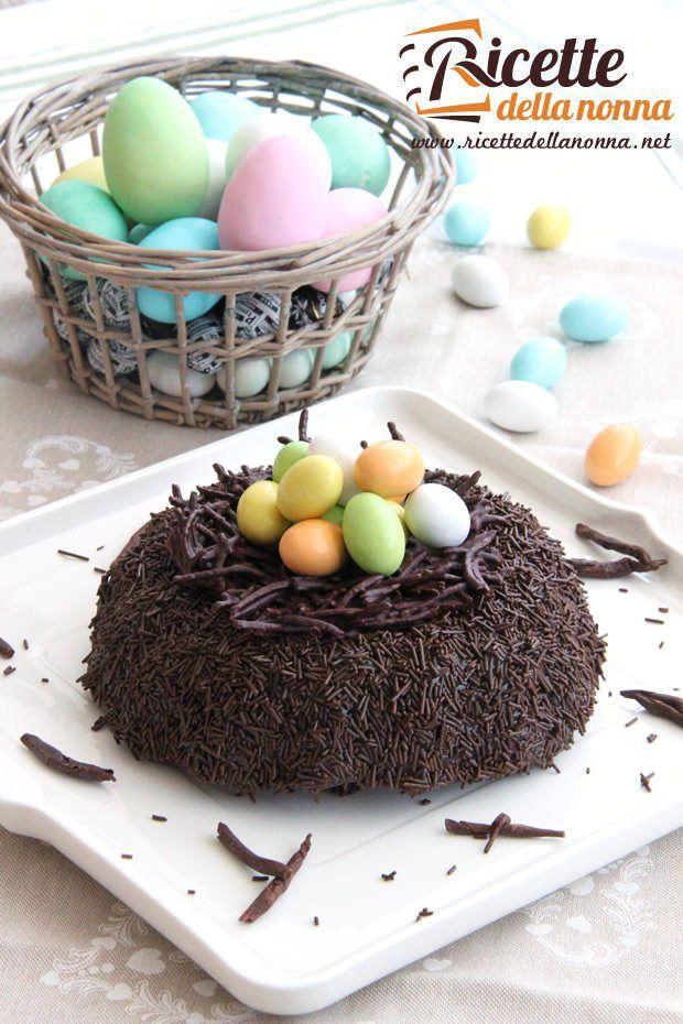 Torta nido di Pasqua al cioccolato ricetta e foto