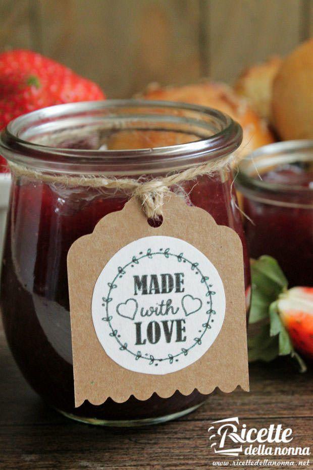 Gelatina alle fragole ricetta e foto