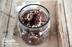 Cioccolatini rum e mandorle