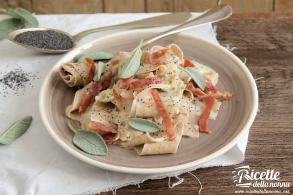 Lasagna con semi di papavero