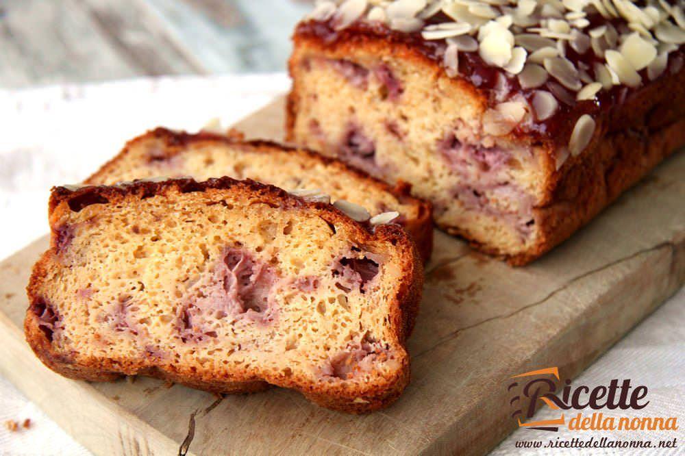 Torta di fragole mandorle e miele ricette della nonna - Bagno per torte senza liquore ...