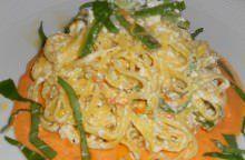 Maccheroncini di Campofilone con zucchine, ricotta e pomodoro