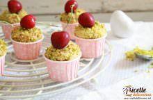 Tortine di ciliegie e pistacchi