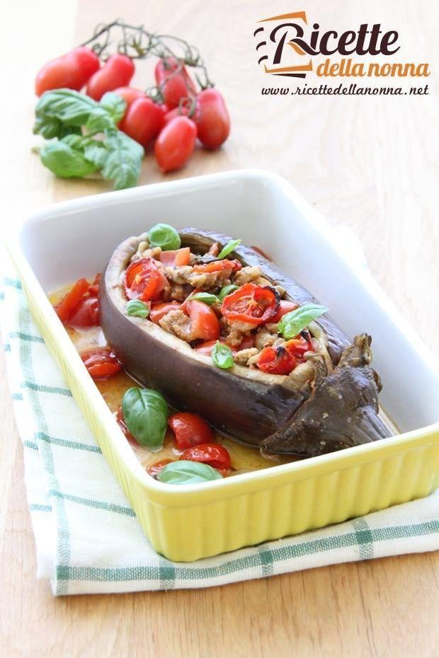 Foto melanzane ripiene vegetariane