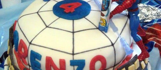 cake design pasta zucchero spiderman