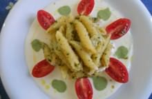 Penne aromatiche, mozzarella,pomodoro e basilico