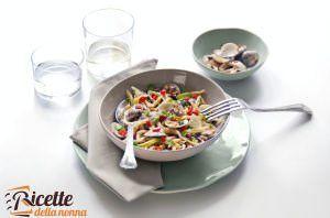 Pasta fredda con vongole e brunoise di verdure