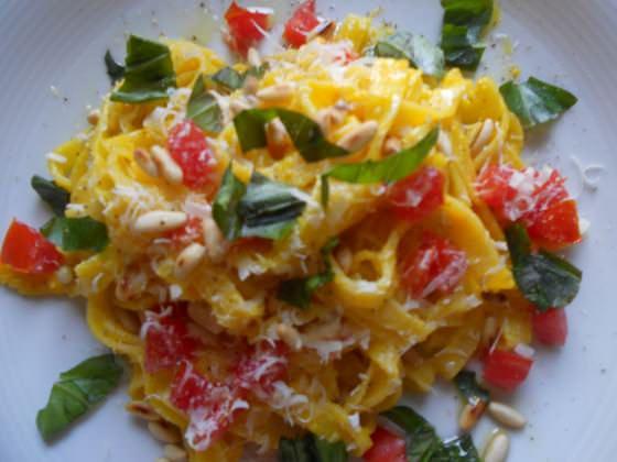 Tagliatelle in salsa di peperoni ricette della nonna for Ricette veloci vegetariane primi piatti