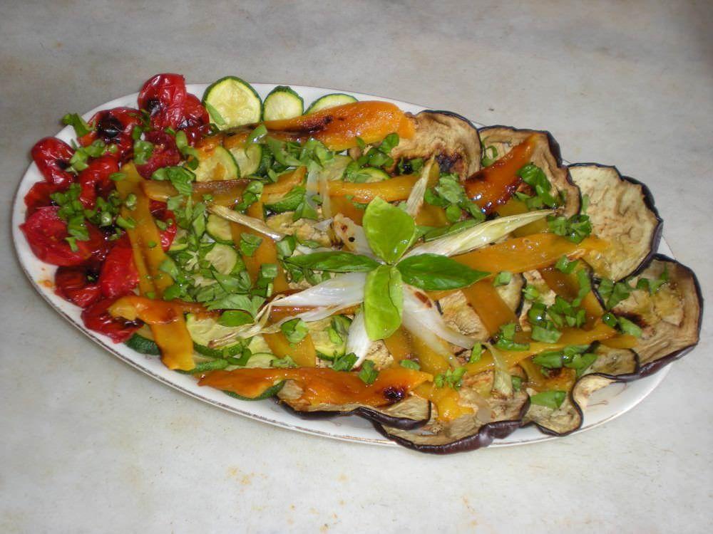 Insalata di verdure grigliate miste ricette della nonna for Ricette di verdure