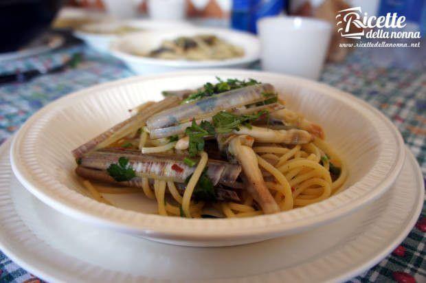 Spaghetti ai cannolicchi ricetta e foto