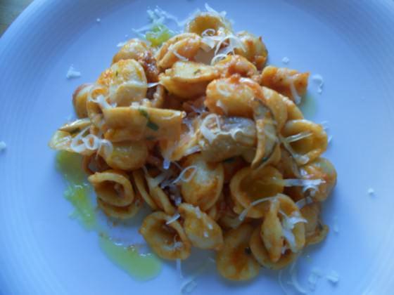 Foto di Orecchiette con salsiccia e funghi