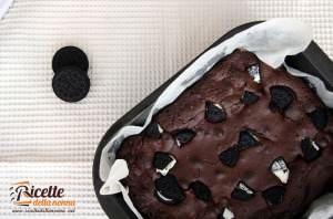 Brownies al cioccolato ripieni agli Oreo