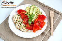 Insalata di verdure grigliate miste
