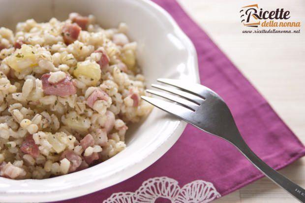 Zuppa d'orzo con patate e pancetta ricetta e foto