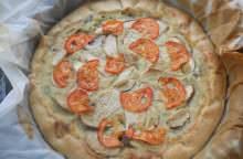 Quiche di baccalà, olive e funghi porcini