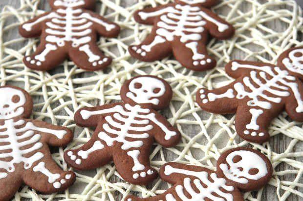Scheletro biscotti di Halloween ricetta e foto