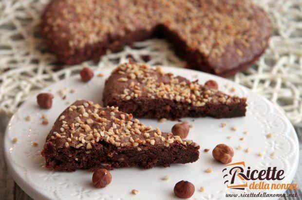 Ricetta torta cioccolato nocciole