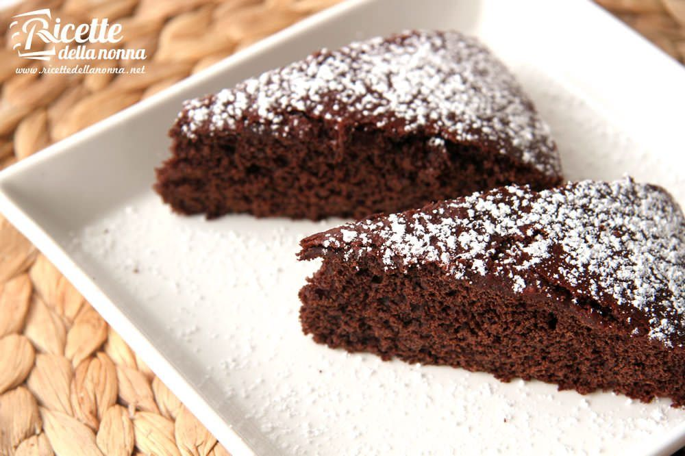 Torta light al cioccolato senza burro ricette della nonna for Ricette torte semplici