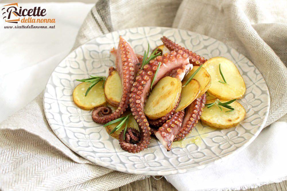 Polpo con patate e rosmarino ricette della nonna for Ricette secondo