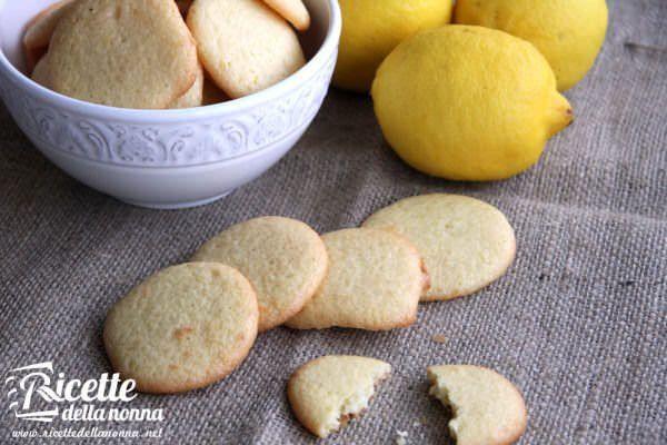 Biscottini all'olio di oliva e limone