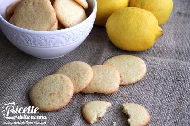 Biscotti al limone e all'olio di oliva