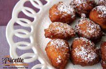 Frittelle di riso dolci di Carnevale