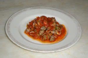 """Antipasto in rosso di """"Maruzzelle"""" o lumachine di mare"""