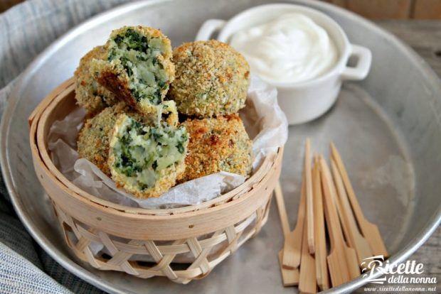 Polpette di patate spinaci con provola ricetta e foto