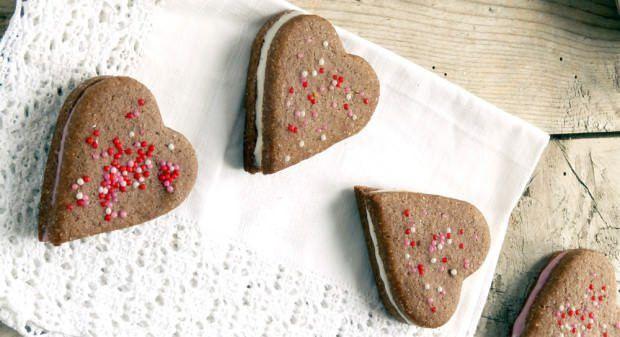 Biscotti di San Valentino ripieni ricetta e foto