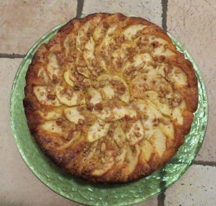 Torta di mele, noci e vin santo ricetta e foto