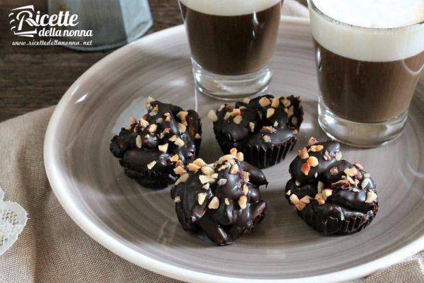Mandorle al cioccolato foto e ricetta