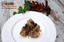 Agnello in padella alle olive nere