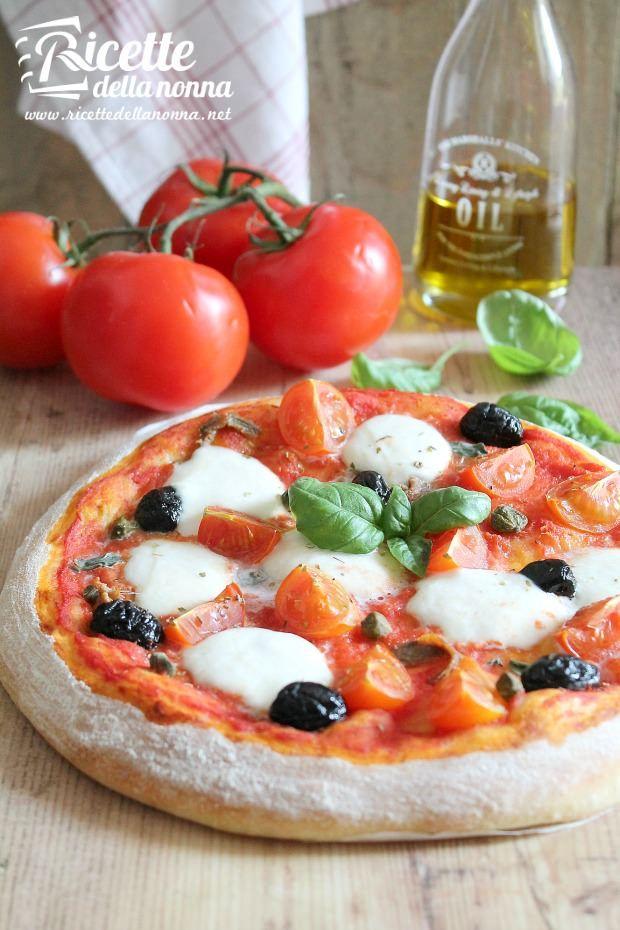 Foto impasto per la pizza fatto in casa