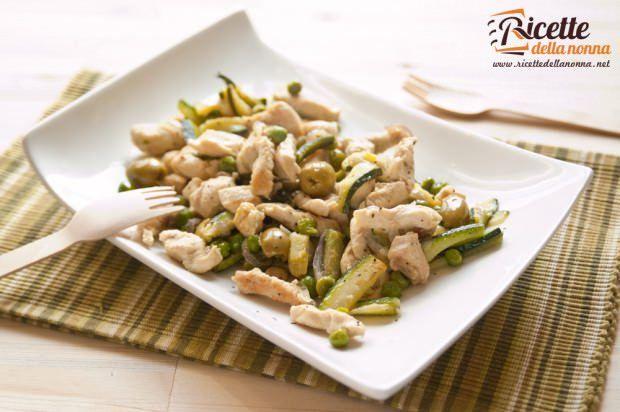 pollo olive verdi piselli zucchine